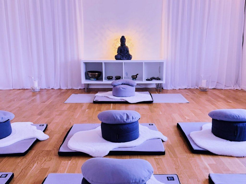 Mindfulness meditation & nya öppettider